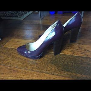 Calvin Klein drk purple patent stacked heel, sz 10
